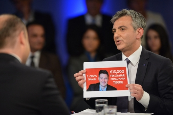 PN leader sues Labour over 'manipulative' TV spot